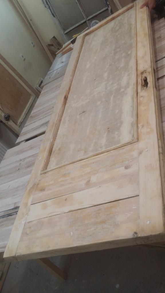 Реставрация внутренней деревянной двери из массива