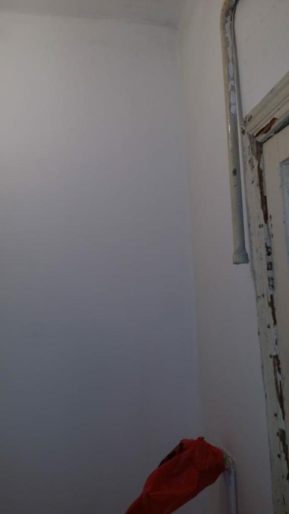 Восстановленная стена в ванной