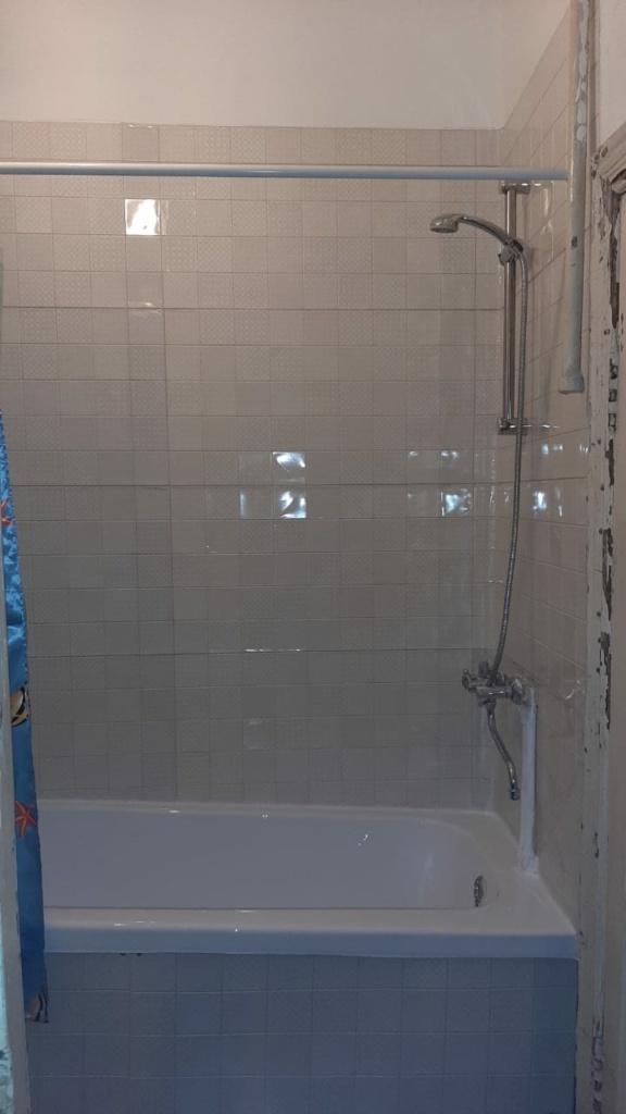 Итоговый вид аварийного ремонта ванной с элементами бюджетного косметического ремонта