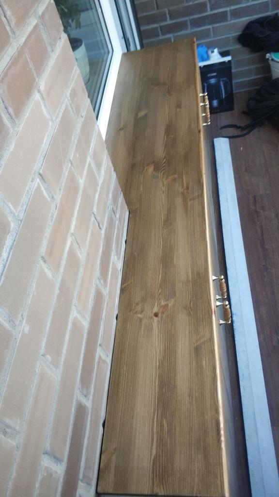 Столешница из массива дерева на балкон