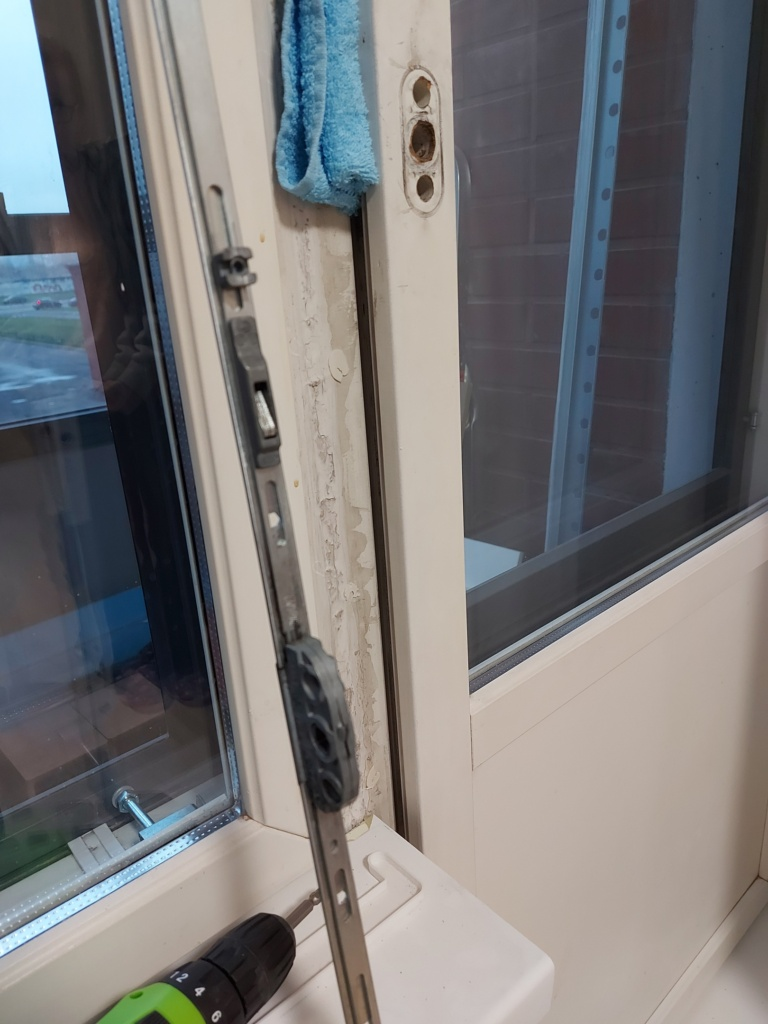 ремонт замка сканди